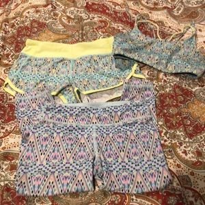 Ivivva size 10 set.  Shorts, bra, and crops